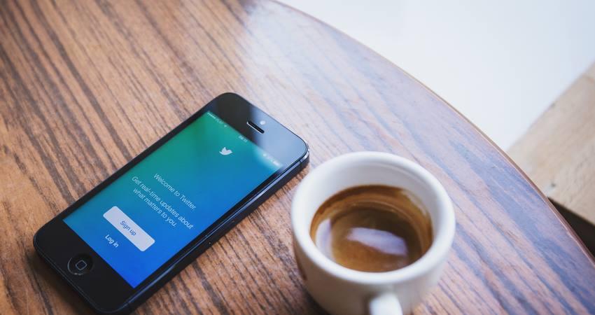 escritores-en-las-redes-sociales